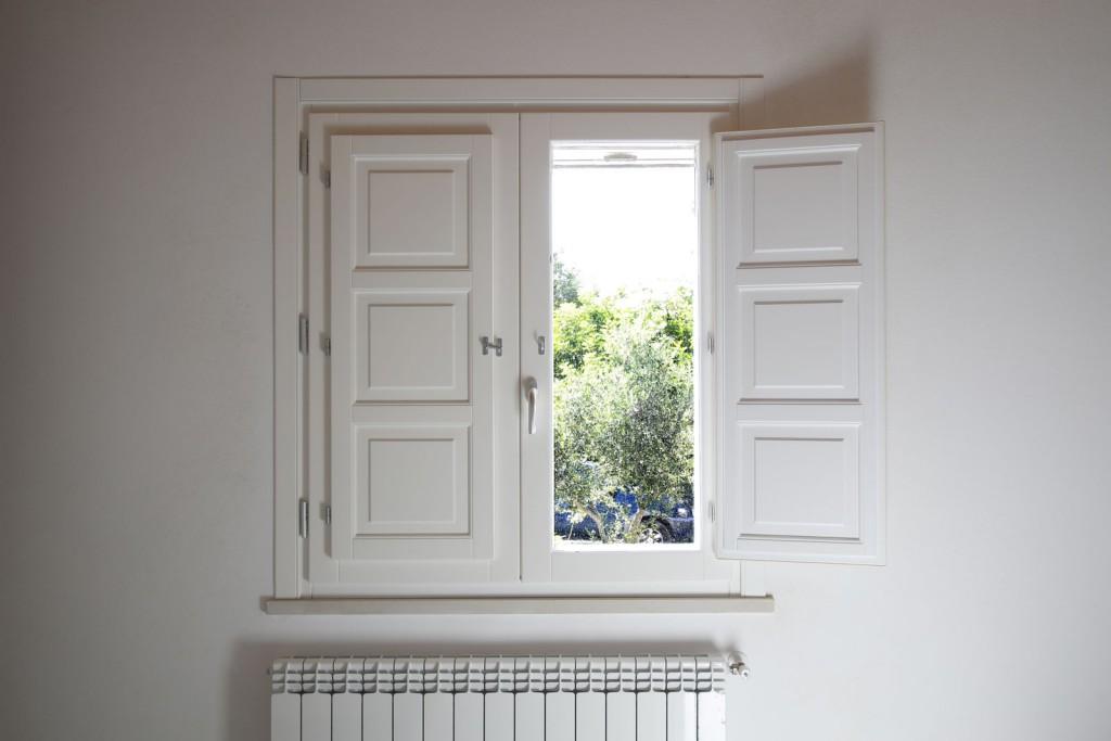 Infisso in legno alluminio bianco - Falegnameria Di Lorenzo