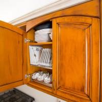 Cucina in stile classico, legno massello di faggio con ante ad arco
