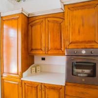 Cucina in stile classico, legno massello di faggio